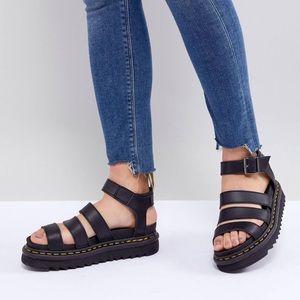 NWOT Dr. Martens Vegan Blaire Flatform Sandal
